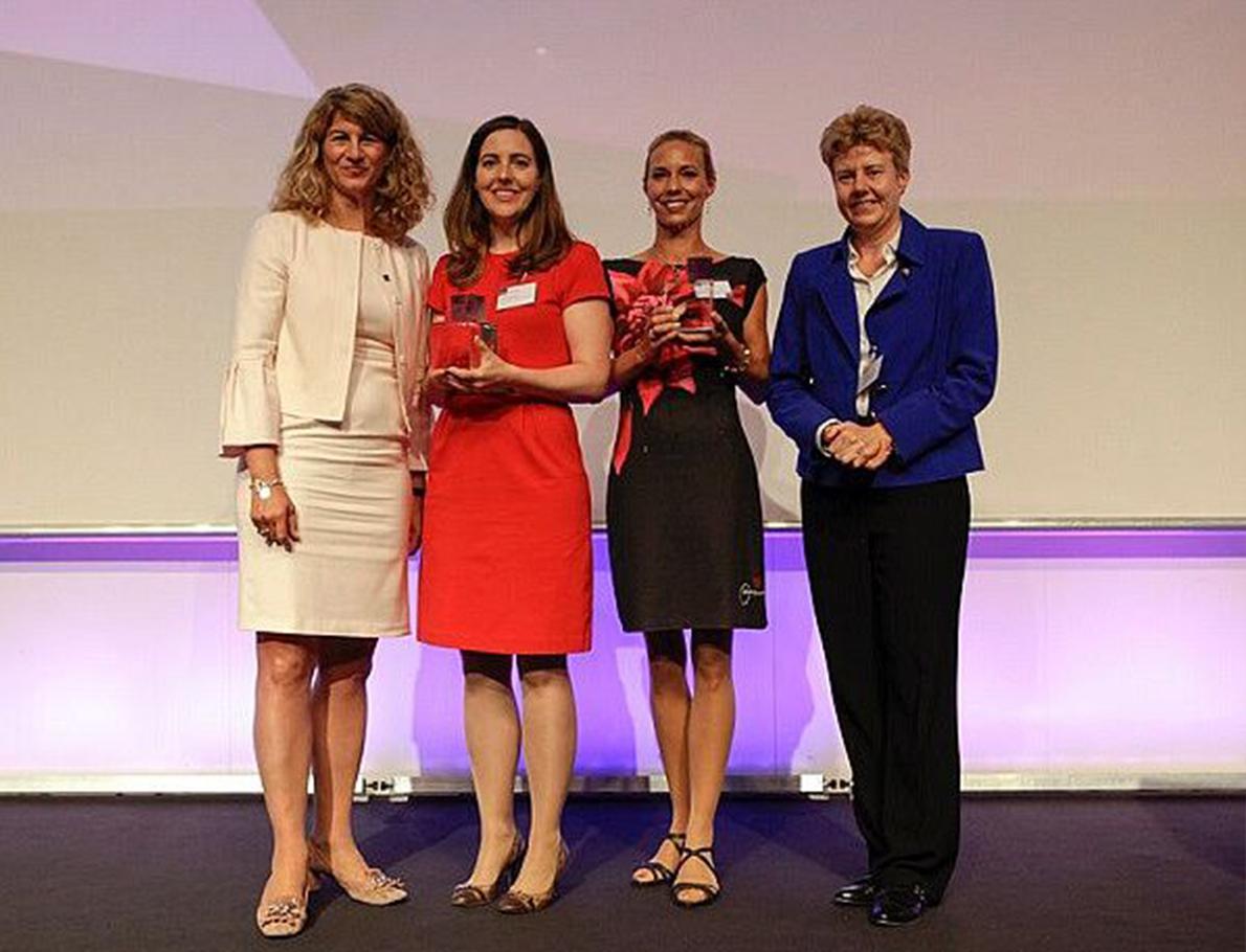 LAT - Aktuell - Auszeichnung mit dem Next Generation Award zu Nachfolgerinnen des Jahres.